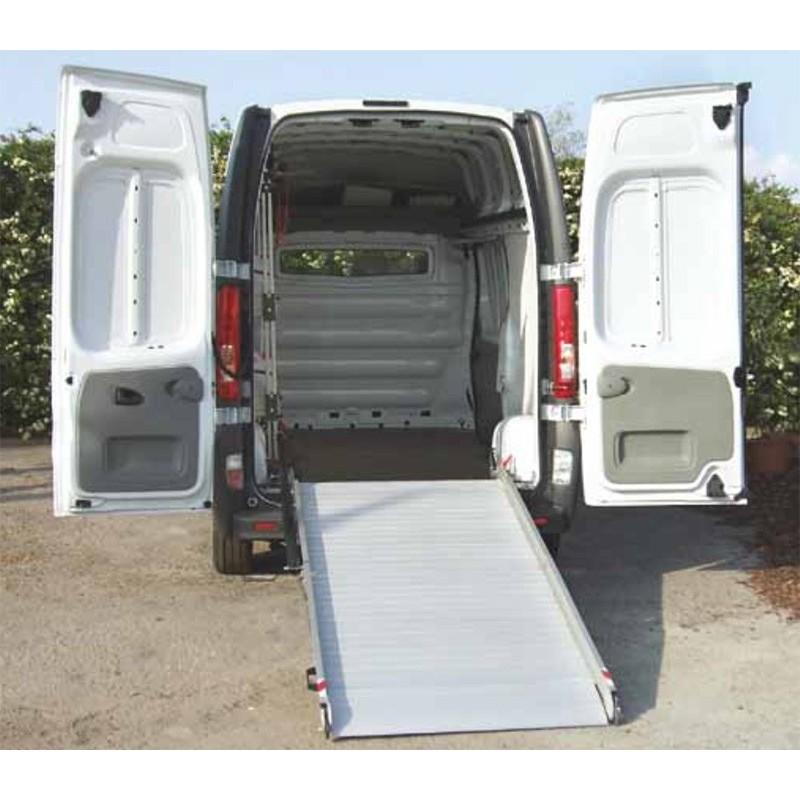 Rampa di carico mobile per veicoli